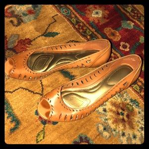 NEW Payless Claudia Peep-toe Wedges
